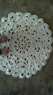 Flowers Creations: Crochet Doily Rug Tutorial.  This would be pretty as just a regular doily too.