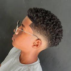 Best Short Haircuts, Haircuts For Men, Hairstyles Haircuts, Barber Shop, Short Hair Cuts, Curly Hair Styles, Crochet Earrings, Men Hair, Hairstyle Ideas