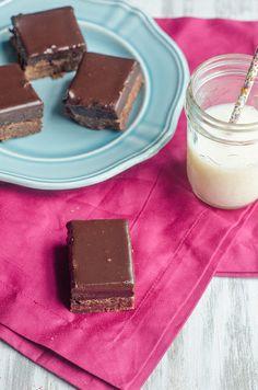 Oreo Truffle Brownies by Pink Parsley Blog, via Flickr
