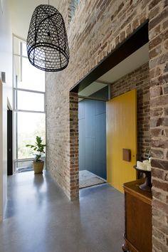 brick and concrete interiors - Hľadať Googlom