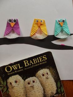 Like Mama ~ Like Daughter: Owls made from cupcake liners! Simply brilliant!