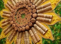 Cork And Glass Sunflower - by Cork and Glass Mosaics.....great way to use up my wine corks!!!! I have many!!! LOL!