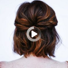 A little short hair Short Wavy Hair, Short Hair Styles Easy, Short Wedding Hair, Braids For Short Hair, Wedding Hairstyles For Long Hair, Hairstyles For School, Braided Hairstyles, Curly Hair Styles, Bridesmaid Hair