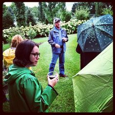 @pup1951 sharing his garden with garden writers at #gwmediaday