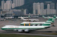 Cathay Pacific B 747  at Kai Tak - Hong Kong