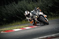 Officially Official: 2014 KTM RC390