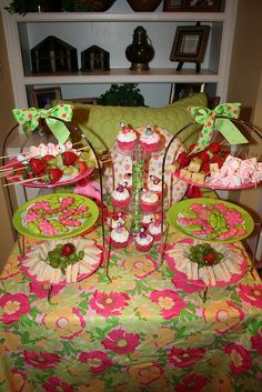 Spa Party - Bed Buffett Table
