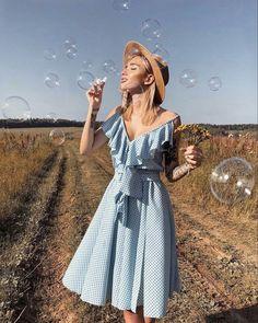 Photography Poses Women, Creative Photography, Portrait Photography, Fashion Photography, Photography Lighting, Shotting Photo, Photographie Portrait Inspiration, Blue Summer Dresses, Dress Summer