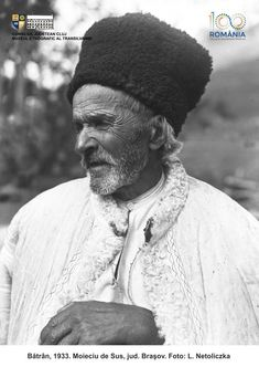 Folk Costume, Old Pictures, Romania, Winter Hats, Planet Earth, Photography, Life, Antique Photos, Photograph