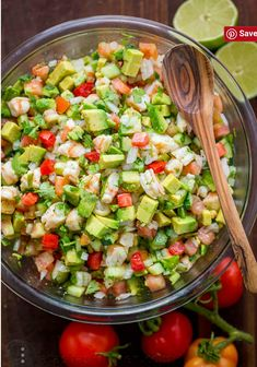 Avocado Shrimp Salsa Ingredients1 lb raw shrimp, peeled and deveined*Salt and black pepper to taste1 Tbsp olive oilJuice of 3 medium limes2 medium/large avocados½ english cucumber3 medium (or 4 roma) tomatoes1 small onion, finely diced½ bunch Cilantro, choppedTortilla chips and Tabasco sauce to serve... or spoon