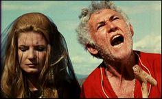 Odete Lara e Jofre Soares em O Dragão da Maldade Contra o Santo Guerreiro (1969)