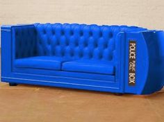 T.A.R.D.I.S´s couch