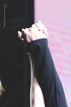 Yoonmin Hands