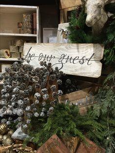 The Rusty Chandelier Frisco Mercantile  #therustychandelier #friscomercantile #mudpie #christmas #display #vignette