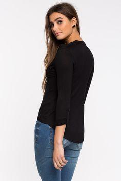 Блуза Размеры: S, M, L Цвет: черный, белый Цена: 877 руб.     #одежда #женщинам #блузы #коопт