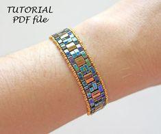 Beaded Bracelets Tutorial, Beaded Bracelet Patterns, Seed Bead Bracelets, Jewelry Patterns, Beaded Jewelry, Beaded Bead, Jewelry Ideas, Seed Beads, Jewelry Necklaces