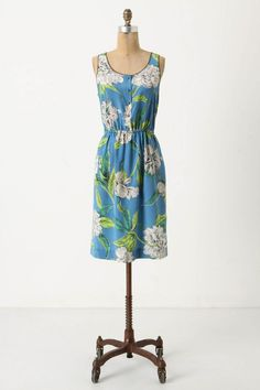 Floral shirt dress shift with elastic waist in flowy silk.