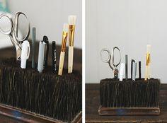 DIY Broom Head Pencil Holder @The Merrythought
