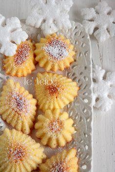 Pasticcini Morbidi Semplici Biscotti Cookies, Brownie Cookies, Cookie Bars, Cannoli, Bite Size, Italian Recipes, Christmas Cookies, Good Food, Food And Drink