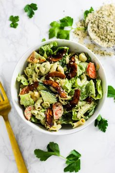 This vegan pasta salad is coated in a creamy homemade dairy-free ranch made with hemp seeds. It's one of my favorite pasta salad recipes and is the best for an easy summer meal that makes for the perfect picnic food or a delicious bbq side! Caesar Pasta Salads, Healthy Pasta Salad, Easy Pasta Salad, Vegan Pasta, Healthy Pastas, Pasta Salad Recipes, Vegan Food, Soup Recipes, Quinoa