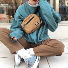 Check out these fantastic Korean fashion outfits 3915 - Jaepaca Ent. - Check out these fantastic Korean fashion outfits 3915 - Fashion Mode, Aesthetic Fashion, Aesthetic Clothes, Look Fashion, 90s Fashion, Korean Fashion, Fashion Outfits, Fashion Trends, Fashion Clothes
