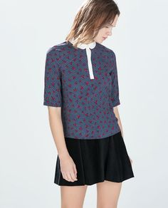 Image 1 of CONTRAST COLLAR PRINTED TOP from Zara