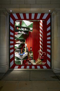 Fenwick of Bond Street - Countdown to Christmas - Retail Focus - Retail Interior Design and Visual Merchandising