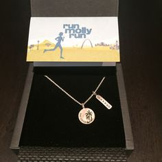 Running with SD Mom: #ThursdayTriumph - #AmericasFinestCity #RunMollyRun Jewelry Review & #GIVEAWAY