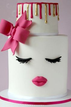 Create a fun and modern cake design with this Lips and Lashes cake tutorials by Love Cake Create Diva Birthday Cakes, Makeup Birthday Cakes, 18th Birthday Cake For Girls, Homemade Birthday Cakes, Birthday Cake Decorating, Happy Birthday, 13th Birthday, Birthday Ideas, Birthday Woman