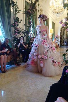 Dolce & Gabbana Alta Moda Collection Spring Summer 2014 Preview (Vogue.com UK)