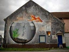 Amazing mural. If anyone knows who the artist is please let me know. He/she deserves the credit. #streetart #urban #graffiti