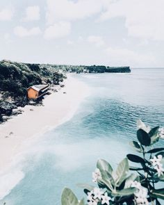 How to Take Good Beach Photos Places To See, Places To Travel, Beach Day, Ocean Beach, Bali Beach, Maldives Beach, Nature Beach, Jolie Photo, Adventure Is Out There