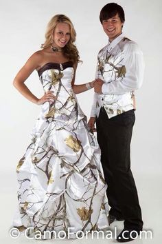 Crystal Snow Camo Wedding Dresses With Pick Up Skirt White Camouflage Bridal Dresses Realtree Wedding Gowns 2016 Vestidos De Novia Camouflage Wedding Dresses, Camo Wedding Dresses, Wedding Gowns, White Camo Wedding Dress, Bridesmaid Dresses, Camouflage Party, Wedding Vest, White Dress, Grad Dresses