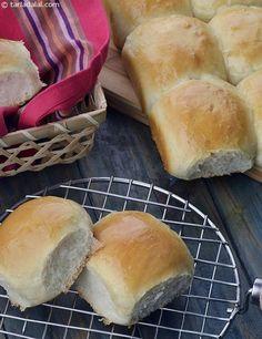 Calories of Ladi Pav, Eggless Homemade Laadi Pav Buns Bread Maker Recipes, Flour Recipes, Pav Recipe, Homemade Buns, Healthy School Snacks, Eggless Baking, Vegetable Curry, Fast Dinners, Vegetarian Cooking