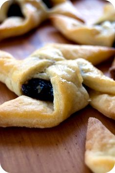 Finnish Christmas Stars  These puff pastry goodies are easy to make and so delicious!