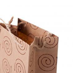 vrećica smeđi rebrasti natron 120g., offset tisak 1/0, ojačano na dnu i pod ručkama, ručka prirodna špaga