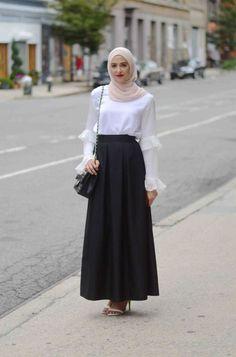 Best Style Fashion Hijab Feminin See more ideas about feminine fashion hijab fashion and muslim fashion. Modern Hijab Fashion, Islamic Fashion, Modest Fashion, Look Fashion, Trendy Fashion, Fashion Outfits, Fashion Muslimah, Feminine Fashion, Woman Fashion