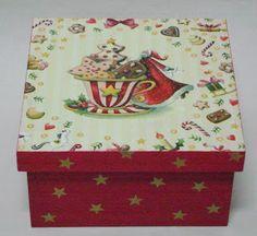 As Pétalas da Margarida Vintage Christmas, Christmas Time, Christmas Crafts, Christmas Decorations, Decoupage Glass, Decoupage Box, Tole Painting, Painting On Wood, Christmas Decoupage