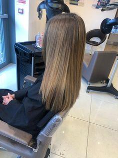 balayage. long hair. ash. beige. sleek hair. straight. Ash Beige, Sleek Hairstyles, Chelsea, Stylists, Dreadlocks, Long Hair Styles, Beauty, Classy Hairstyles, Stylish Hairstyles