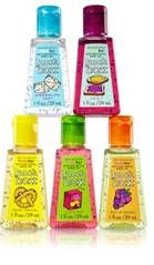 Bath and Body Works Hand Sanitizer--lunch box set Bath N Body Works, Body Wash, Bath And Body, Scented Hand Sanitizer, Best Hand Sanitizer, Perfume, Body Spray, Smell Good, Body Lotion