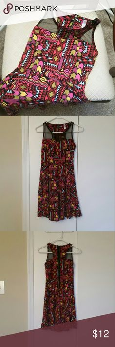 Bold Print Dress Bold print xhiliration dress, black mesh neckline,  zipper in back, perfect for summer  Will consider all offers!  15% discount on bundles of 3 or more Xhilaration Dresses