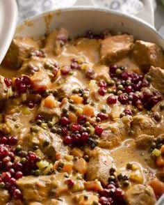 Everzwijnragout 'Grand veneur' #15gram Dutch Recipes, Meat Recipes, Grand Veneur, Surprise Recipe, Belgium Food, Fancy Dinner Recipes, I Want Food, Good Food, Yummy Food