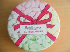Man, I loved Russell Stover Candies Butter Mints Russell Stover, Butter Mints, Mint Candy, Tin Boxes, Candies, Penny Auctions, Chocolate, Metal, Empty
