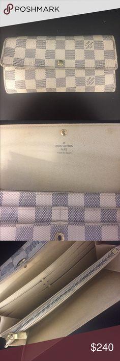 LOUIS VUITTON white Damier Azur. Made in Spain Authentic, used, Louis Vuitton white Damier wallet Louis Vuitton Bags Wallets