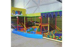 Situé au sud d'Orléans, le parc de jeux couvert Royal Kids Olivet accueille les enfants de 0 à 12 ans sur 1100 m². Ils trouveront, des toboggans, piscines à balles, une piste de luge, des Légos géants, terrain multisports, une mini-discothèque et une piste de motos électriques. Une Zone                                                                                                                                                                                 Plus