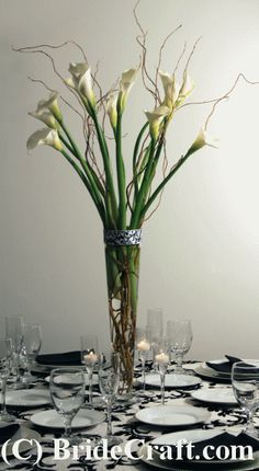 Calla Lily Centerpiece. LOVE THIS