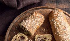 Ελιόπιτα ρολό Greek Recipes, Wordpress, Sweets, Bread, Food, Gummi Candy, Candy, Brot, Essen