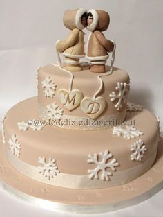 Winter Wedding Cake by Le Delizie di Amerilde