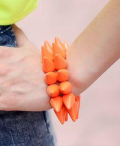 Bracelet, bracelet, bracelet