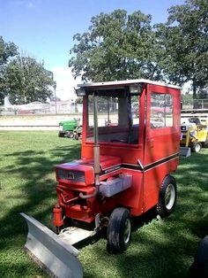 International  Cub Cadet Tractor Mower, Lawn Mower, Lawn Tractors, Homemade Tractor, Tractor Accessories, Small Tractors, Garden Equipment, Cub Cadet, Vintage Tractors
